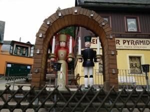 Angel y minero. Figuras de luces en Seiffen, Alemania