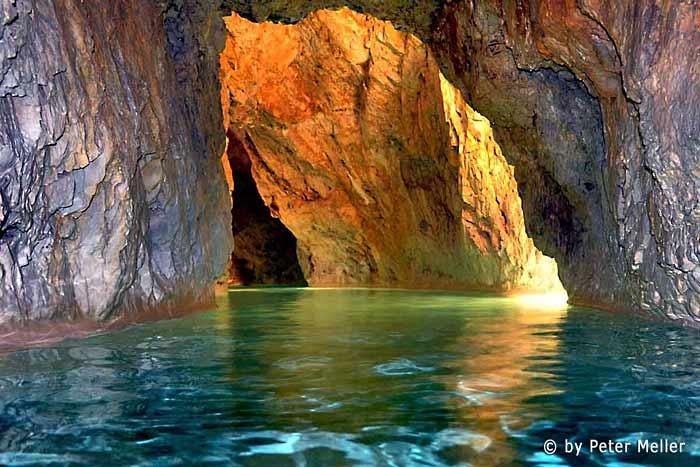 Baños Termales Ninos:Baños termales en la cueva de Miskolc Tapolca – Hungría