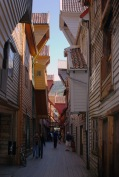 Houses_in_Bryggen_(Norway)