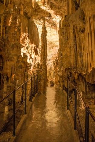 Cueva de Postoina.